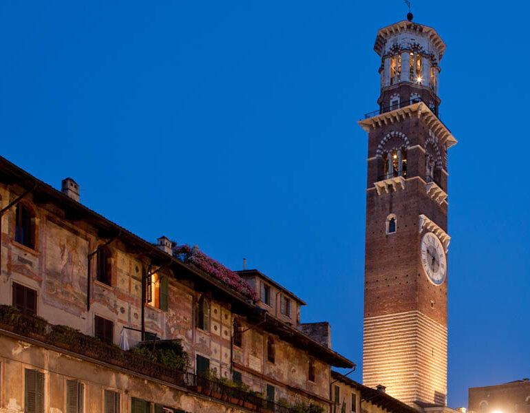 14 giornata internazionale Città per la vita, città contro la pena di morte: dal 28 al 30 Novembre la Torre dei Lamberti illuminata di azzurro