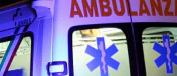 Automobilista in prognosi riservata dopo incidente stradale
