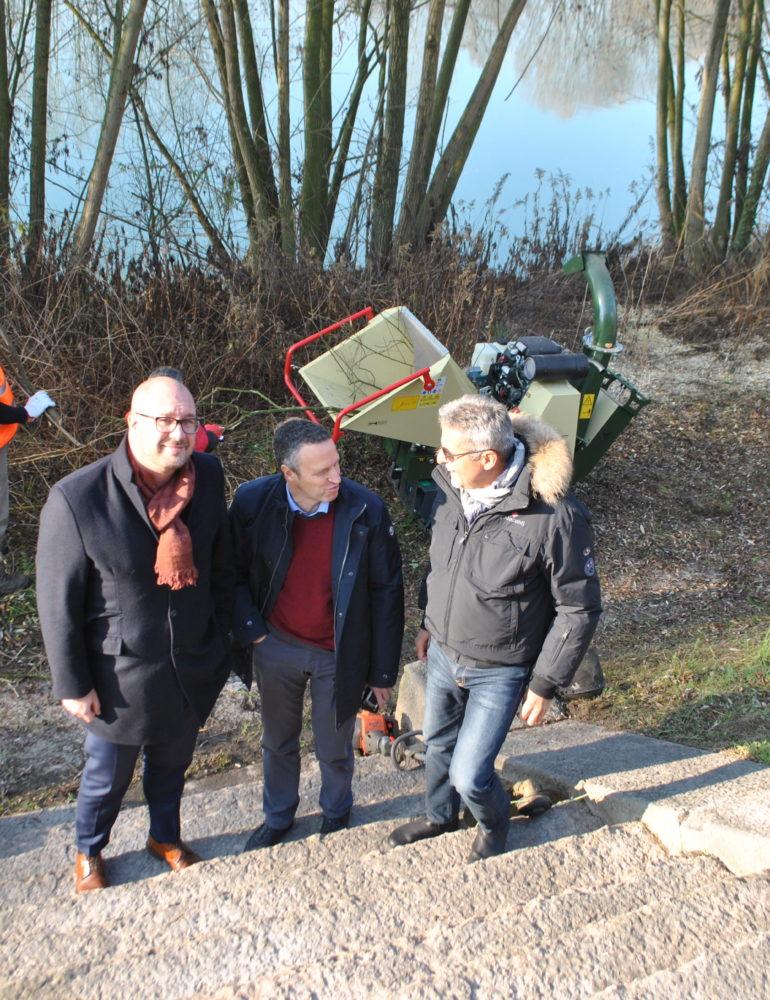 Sopralluogo a Parona per controllo lavori di pulizia straordinaria sulla strada Alzaia lungo il fiume Adige