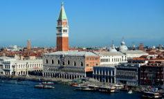 Nyt, Venezia una Disneyland da spiaggia