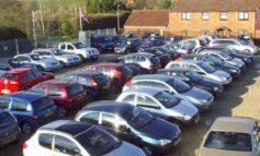 Cresce l'interesse dei veneti per le auto usate. Prezzi medi offerti stabili e superiori alla media nazionale Età media delle auto in vendita di 5,6 anni, con oltre un quinto che supera i 10