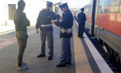 La Polizia Ferroviaria di Peschiera del Garda arresta in flagranza due ladri di nazionalità maghrebina, responsabili di furti a bordo del treno EC37