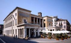 Privati pronti a restauro Pedrocchi