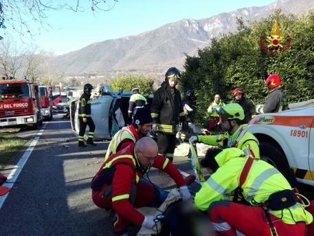 Incidenti stradali: 4 feriti