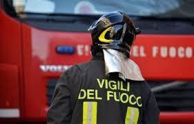 Incendi: fiamme in ex ristorante
