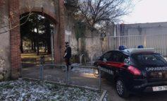 Ubriaco aggredisce sorella e carabinieri