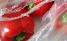 Sacchetti di plastica 'bio' fra 4-12 euro l'anno a famiglia
