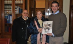 CONSEGNATO AL COMUNE CALENDARIO ASSOCIAZIONE NAZIONALE FAMIGLIE DEI CADUTI E DISPERSI IN GUERRA
