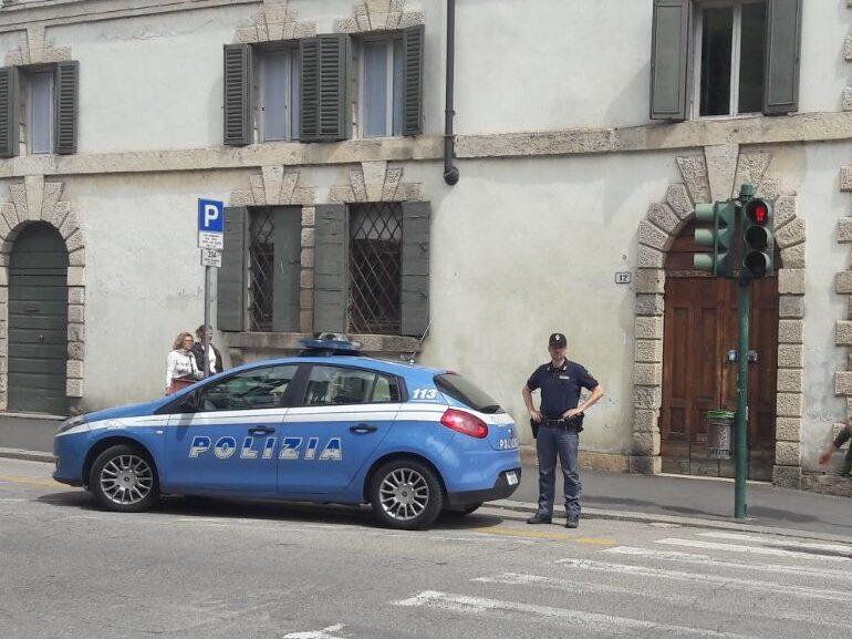 VERONA: SORPRESO A RUBARE NELLE AUTO IN SOSTA.  ARRESTATO ITALIANO DI CINQUANTUNO ANNI.