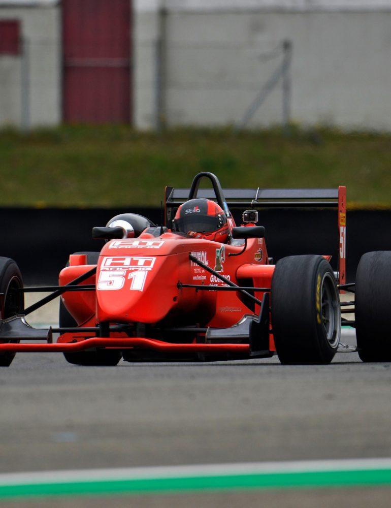 Nuovo trionfo per il pilota veronese Bernardo Pellegrini nella Formula X Italian Series