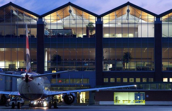 Atterraggio emergenza aereo a Venezia