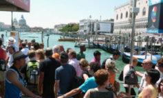 Venezia: tornano gli steward per decoro