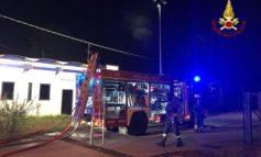 Incendio danneggia mobilificio vicentino