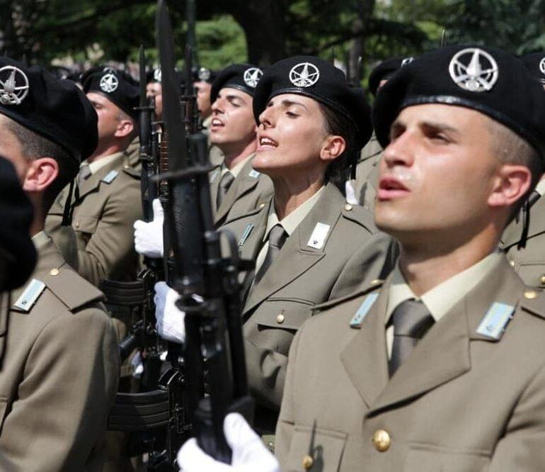 """ESERCITO: Giurano i soldati dell'85° Reggimento Addestramento Volontari """"VERONA"""""""