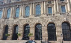 Verona, insulti ed aggressione a coppia gay: la Polizia di Stato individua il responsabile