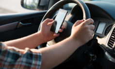 Cellulare alla guida. Multati 25 automobilisti in poche ore. In supporto anche agenti in borghese e in moto