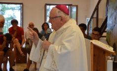 Il vescovo Zenti in visita agli adolescenti dei campi Saf diocesani: «Riscoprite il grande tesoro che c'è in voi!»