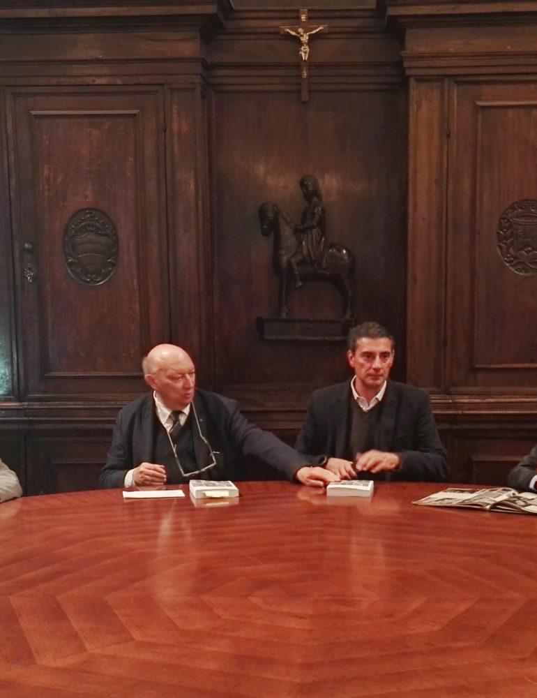 A palazzo Barbieri presentato l'Impopolare, il libro dedicato all' ex sindaco Giovanni Uberti