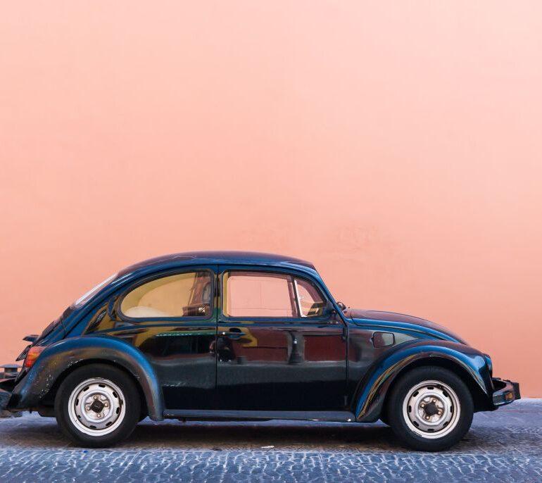 AutoScout24: Ibrido, elettrico o vintage?
