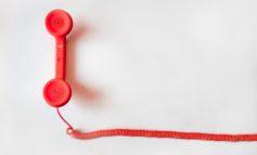 Quale sarà la sorte della telefonia fissa? Gli ultimi dati italiani e la situazione francese