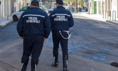 Minacce e tentate lesioni al Comando dei Vigili. Arrestato giovane nepalese
