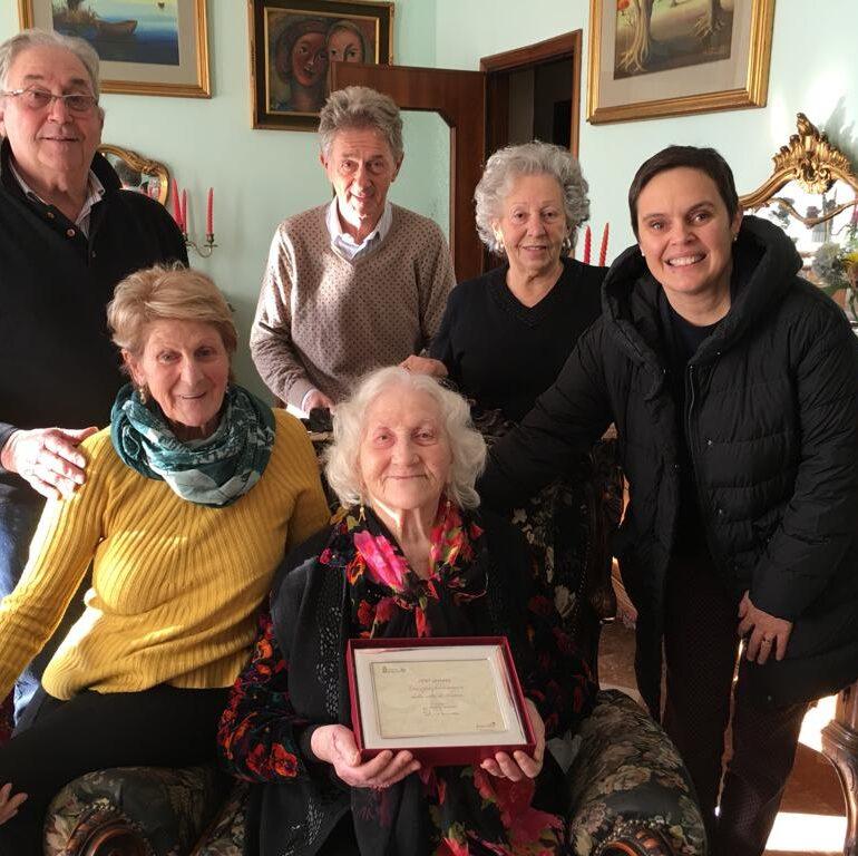 Centenaria rivela la ricetta della longevità