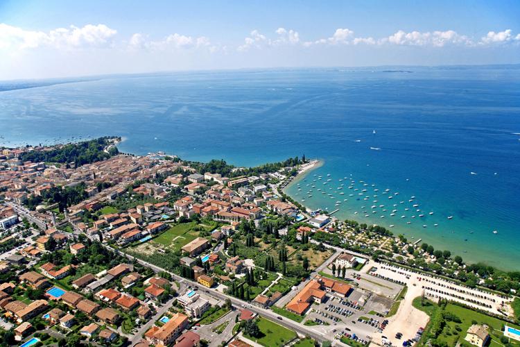 A Bardolino sul Lago di Garda la stagione turistica più lunga di sempre
