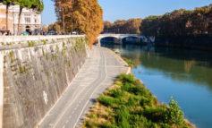 """Campidoglio, Raggi scrive a Regione Lazio: """"Liberare pista ciclabile sul Tevere. Prossimi eventi estivi su riva opposta"""""""