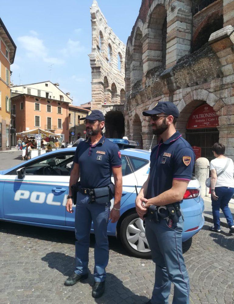 Verona – Ruba all'interno di un garage e poi tenta di introdursi in un'abitazione vicina: catturato dalla Polizia cittadino romeno di 36 anni.