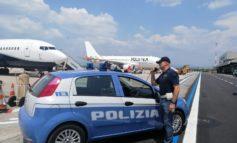 Verona: la Polizia di Stato arresta tre migranti cinesi all'aeroporto di Verona.