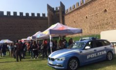 La Polizia di Stato al Carosello con le Divise di Villafranca