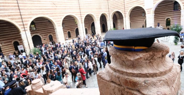 """Lavoro: a Verona la """"borsa"""" dei ricercatori, Donazzan """"Duemila colloqui in tre giorni, formula vincente per avvicinare Università e imprese e per creare innovazione"""""""