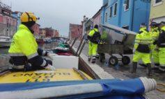 Acqua alta: numerosi volontari di Protezione civile attivi oggi a Burano