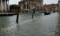 """Alta marea eccezionale. Brugnaro: """"Aperto un conto corrente per le donazioni dall'Italia e dall'estero"""""""