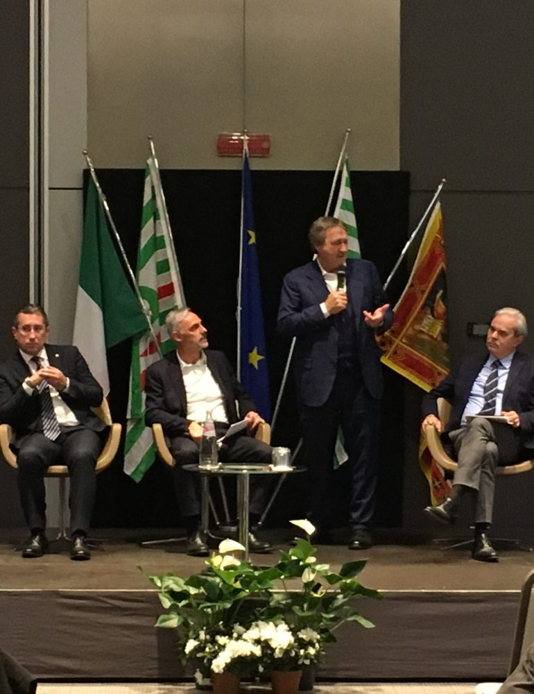 """Il sindaco Brugnaro interviene al convegno """"Province, dalla riforma al nuovo assetto: prospettive di rilancio"""""""