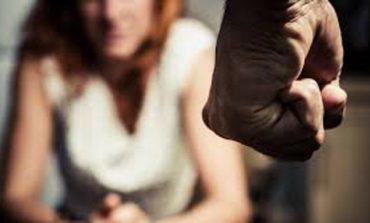Campidoglio, al via numero Whatsapp dedicato a donne vittime di violenza, accoglienza continua H24