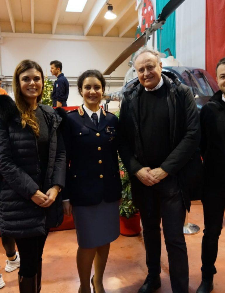 La presidente Damiano e l'assessore Venturini alla festa di Natale al X Reparto Volo della Polizia di Stato