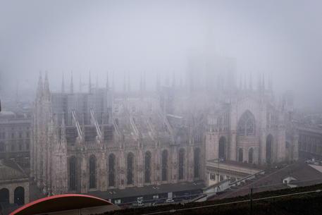 Smog: l'anticiclone fa impennare le polveri, blocchi al Nord