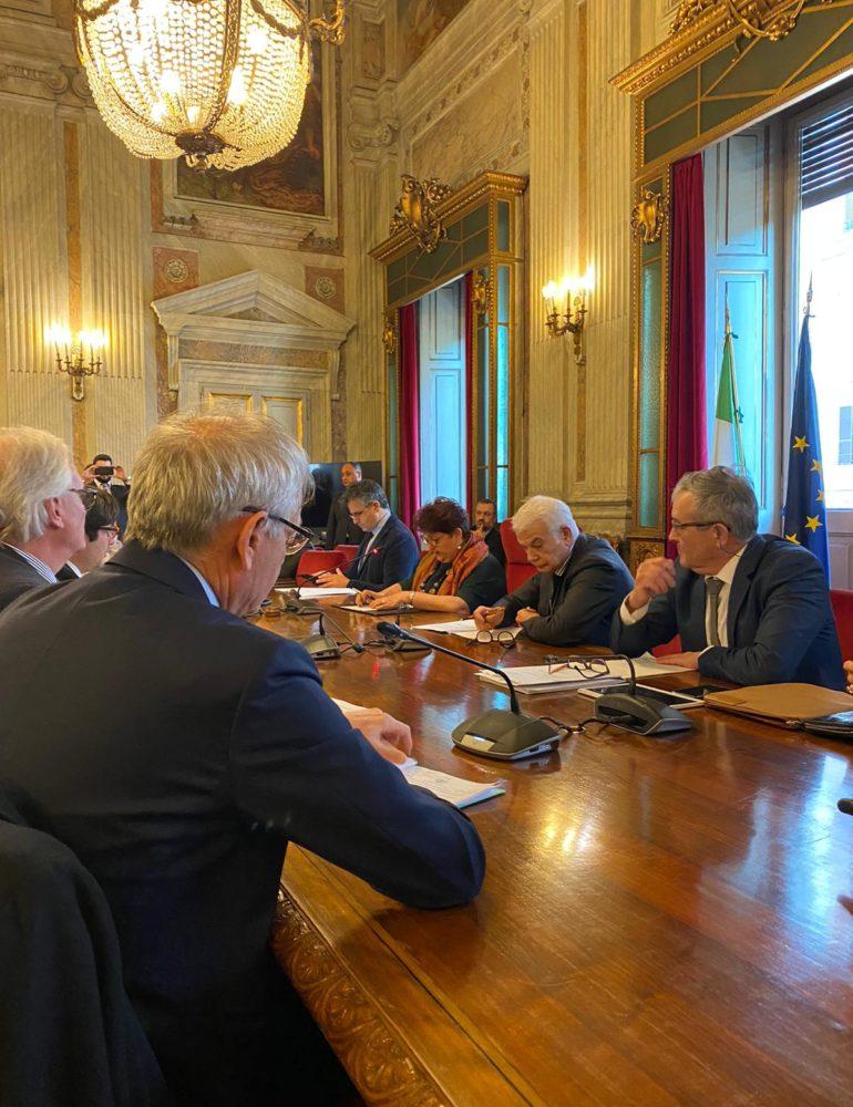 Tavolo vino, la filiera alla ministra Bellanova: una cabina di regia per dare valore all'Italia vitivinicola