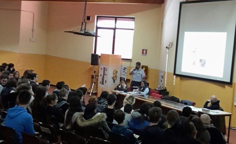 Villafranca: ANAS attua campagna nelle scuole contro l'abuso di alcool