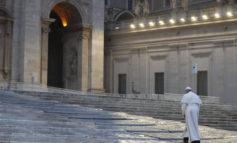Il Papa: 'Siamo tutti su una stessa barca, dobbiamo remare insieme'