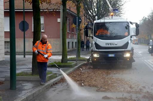 Coronavirus. Riprende sanificazione strade ferma per il freddo. Da oggi diretta streaming con interprete lingue dei segni