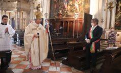 Il patriarca Moraglia celebra la Messa in onore di San Rocco. Alla cerimonia anche il sindaco Brugnaro