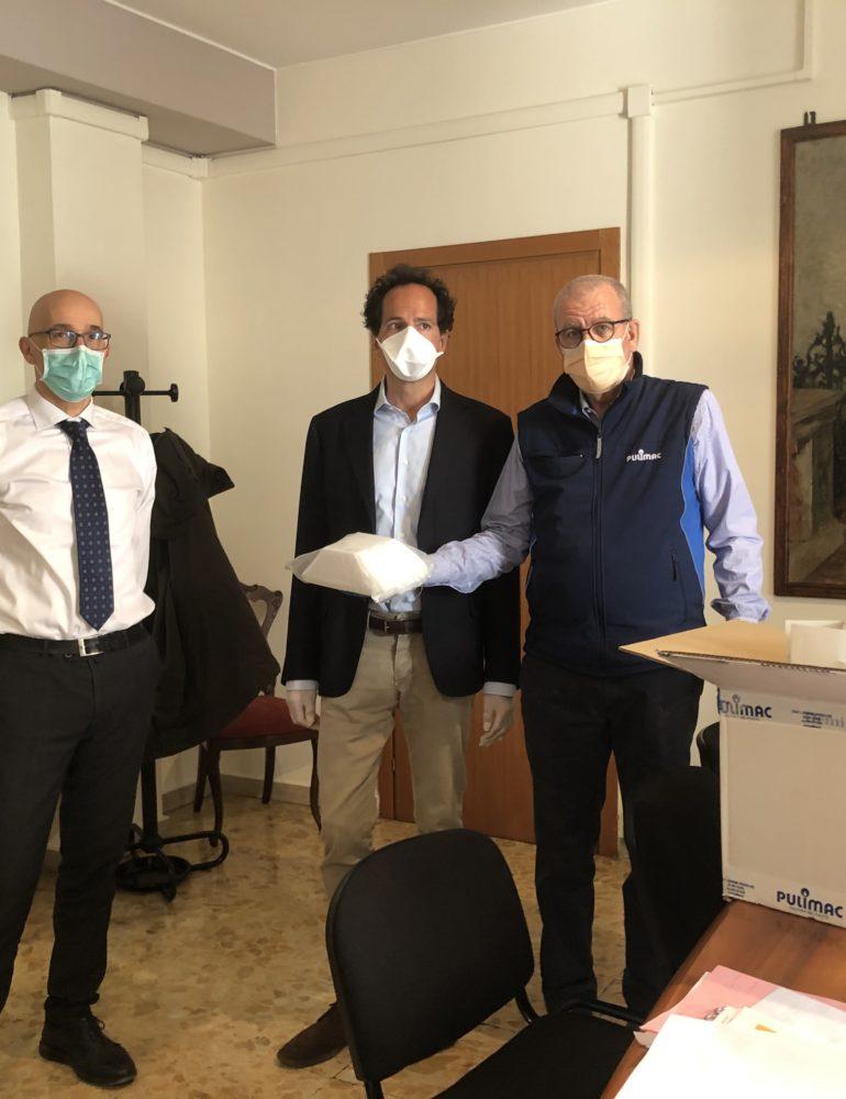 Apindustria Confimi Verona: gli imprenditori regalano 1.000 mascherine all'Ulss 9 Scaligera