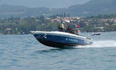 Verona: Barca a vela alla deriva sul Lago di Garda. La Polizia mette in salvo 4 persone