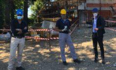 La nuova scuola Alessandri di Parona è arrivata al tetto. Cantiere a pieno regime per terminare i lavori nel prossimo autunno