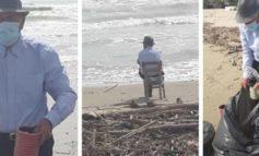Nonno Pasquale, 93 anni: la prima uscita è per pulire la spiaggia