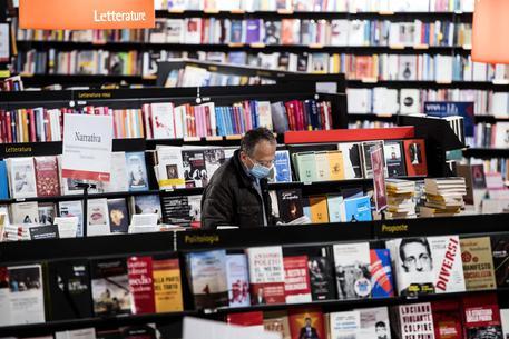 In Italia a rischio le librerie, l'84% in difficoltà dopo il Covid
