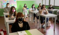 """Scuola: Azzolina, """"Nessun rischio su apertura anno"""". Arcuri, """"Via il 14 settembre con la massima sicurezza possibile"""""""