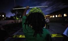 Agenti uccidono afroamericano, tensioni a Los Angeles
